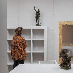 Regards en dialogue : Hébert, Laliberté, Suzor-Coté et Fleming. La collection A.K Prakash de sculptures historiques, un don au Musée d'art de Joliette.