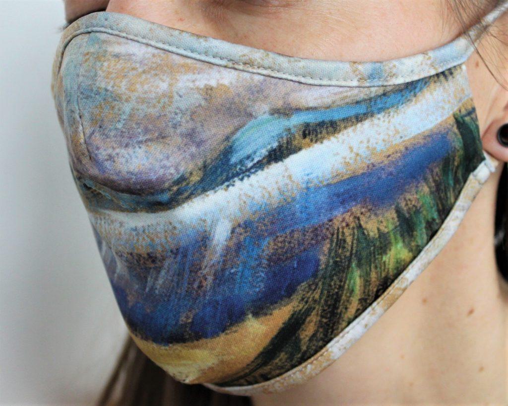 Masque Emily Carr